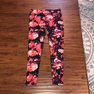 Fabletics size m floral print leggings